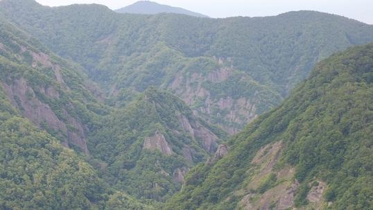当丸峠からサカサ沢