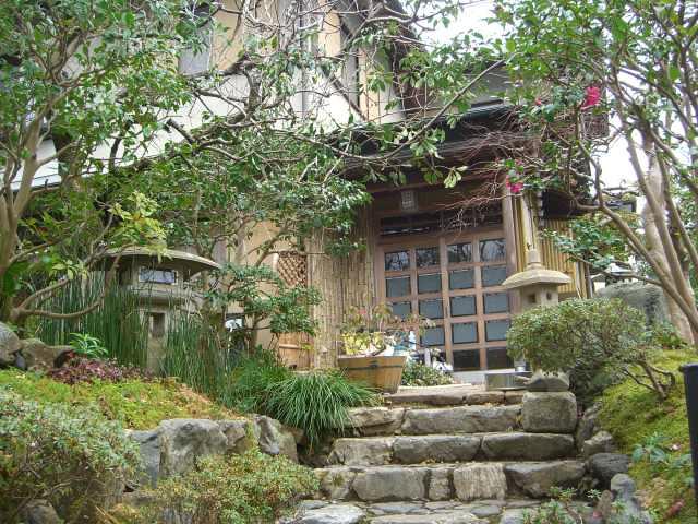 階段とムベ