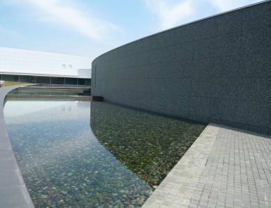 館林美術館と多々良沼6
