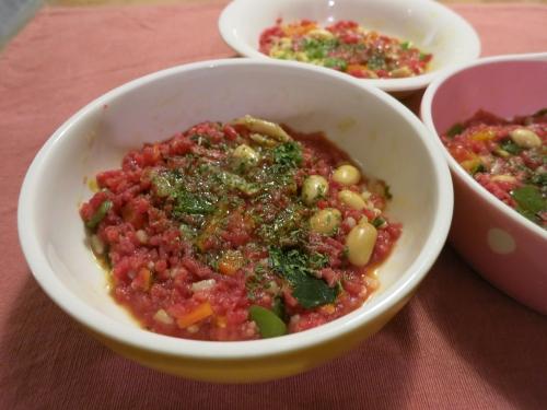 夜ご飯 馬肉の生肉とパンプキンスープ