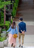 散歩するカップル13.01.01
