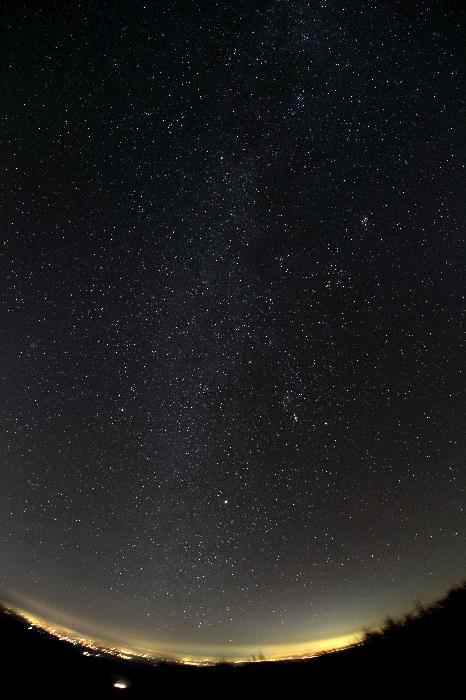 魚眼レンズによる冬の天の川2014年10月31日(いわかがみ平)