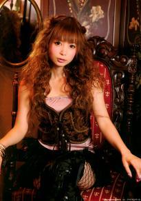 nakagawa_shoko_g020.jpg