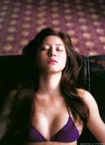 sugimoto_yumi_g151.jpg