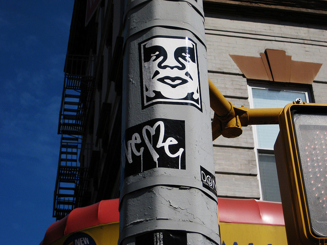 obey-giant-graffiti-sticker