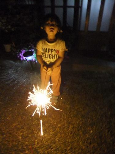 2012.8.20 庭で花火 027 (2)