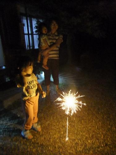 2012.8.20 庭で花火 027 (3)