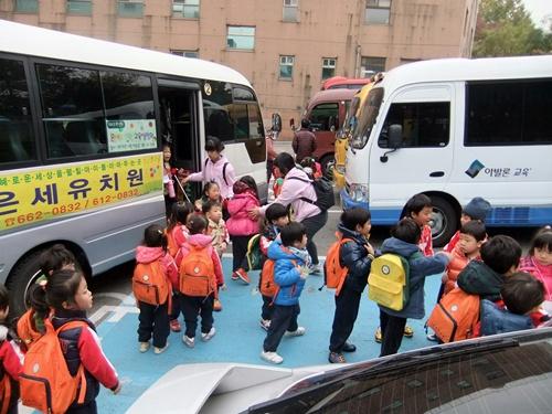2012.11.7-8 韓国旅行(保育園) 001 (87)