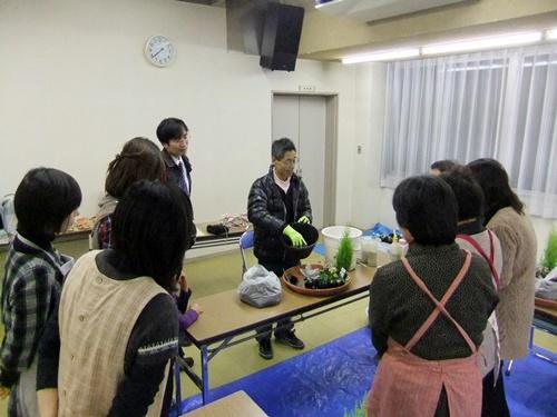 2012.12.19 寄せ植え教室 028 (1)