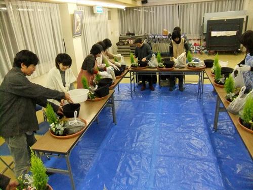 2012.12.19 寄せ植え教室 028 (4)