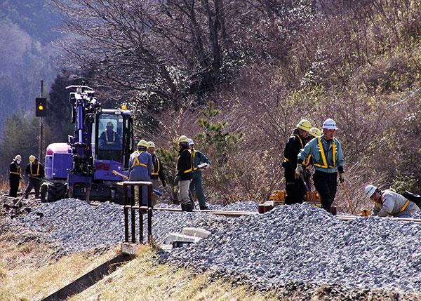 三陸鉄道の復旧作業