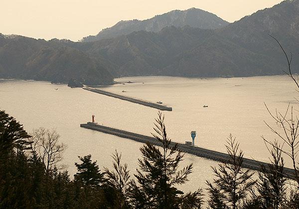 ありし日の釜石湾口防波堤