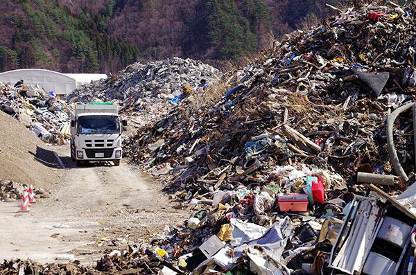 鵜住居の災害廃棄物処理現場