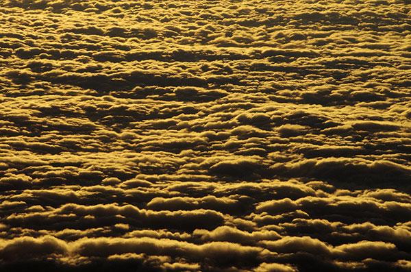 四国上空からの夕景