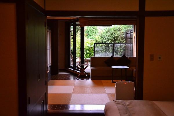 2012AUG_MIZUNOUTA2-02.jpg