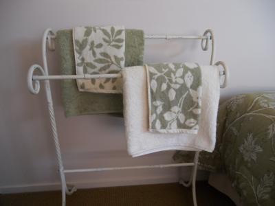 B&B guest room (towels)
