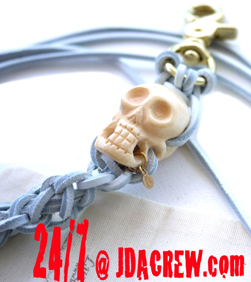 SKULL KEY CHAIN GOES TO TOKIO