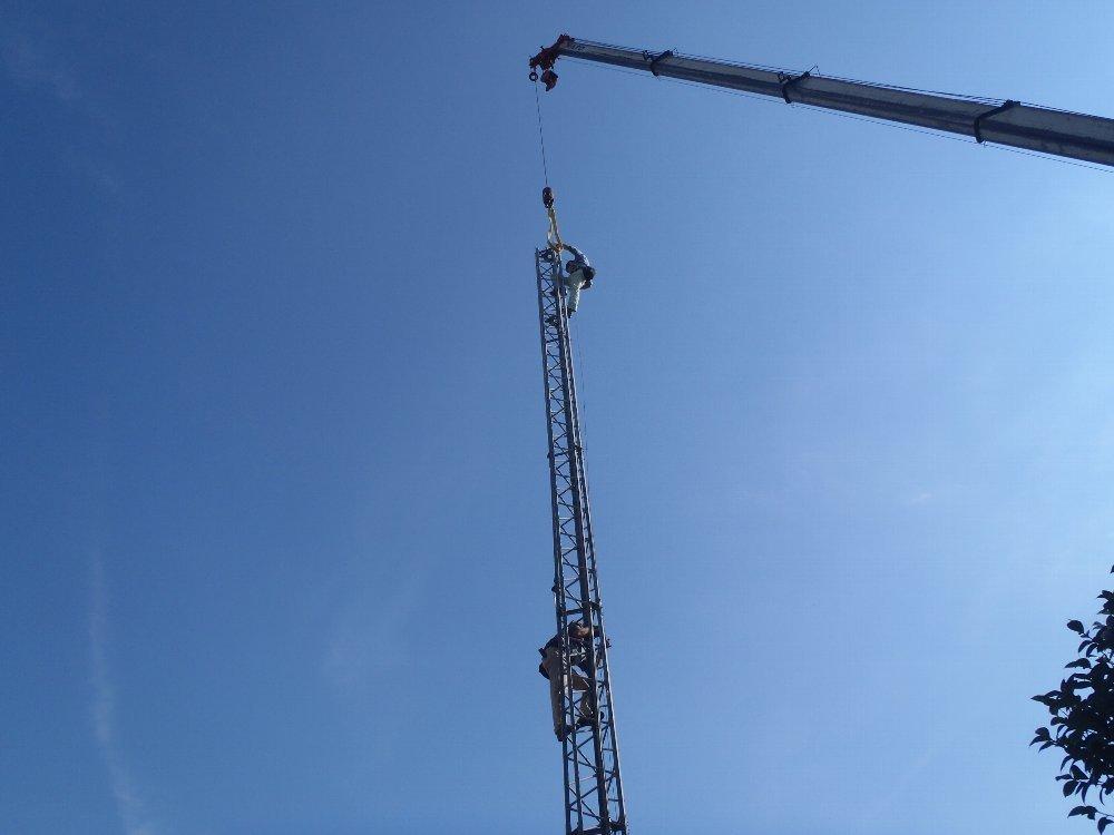 アンテナ吊り上げ