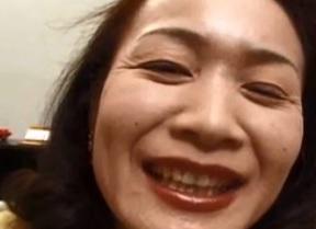高島あけ美経験人数5人のうちの3人は結婚後の浮気だという巨乳五十路FC2動画
