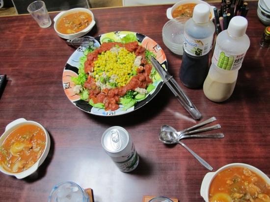 鶏肉塩だれ炒めとトマト缶サラダ、トマト煮残り
