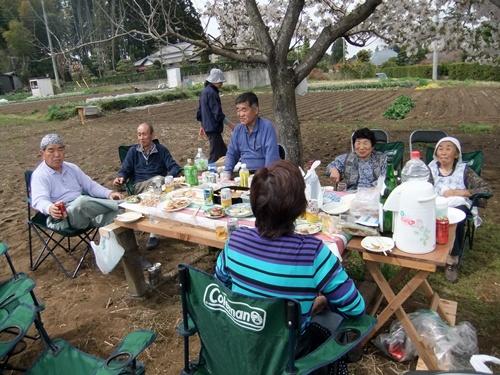 2013.3.29 桜花見会(戸倉農園) 021