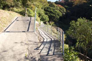 浦賀道(鎌倉):名越坂上の回廊