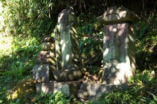 浦賀道(鎌倉):名越坂上の石碑群