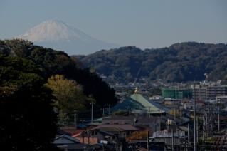 浦賀道(鎌倉):名越坂上より富士山を望む