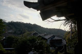 浦賀道(戸塚):滝の坂不動尊からの眺め