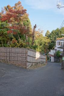 浦賀道(戸塚):平作公園へ降りる坂