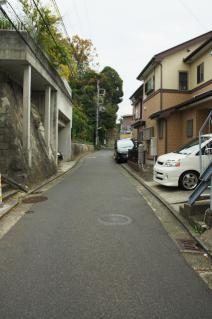 浦賀道(戸塚):元溜池から上る道