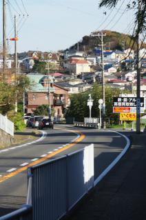 浦賀道(戸塚):大楠山登山口交差点-2