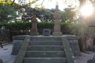 浦賀道(金沢):三浦按針夫妻の墓