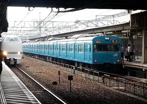 青い103系(奈良線)