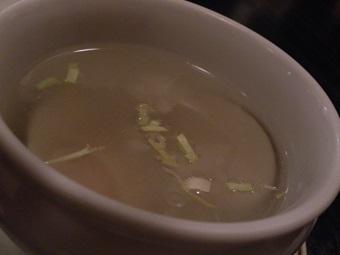 ふかひれとハマグリのスープ