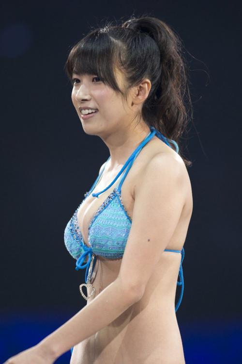 SKE48佐藤聖羅 じゃんけん大会の巨乳ビキニ画像