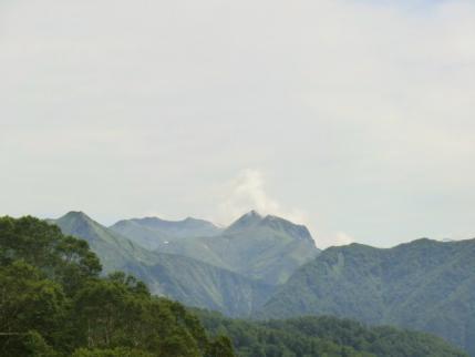 ちょっと見えた谷川岳