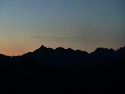 槍ヶ岳、穂高連峰のシルエット