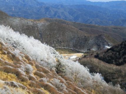 霧氷と覚満渕、鳥居峠
