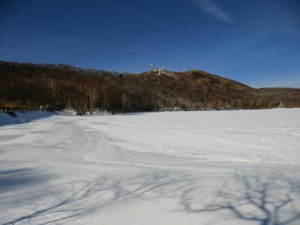 小沼氷上へ