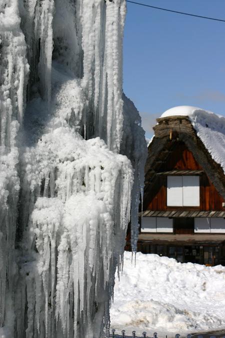 長く感じる冬の季節の中に感じる春の息吹~日本の原風景を思い起こさせる世界遺産 白川郷~ゆっくりとですが確実に春の訪れがやってまいります ⑧