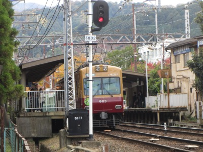 別所駅の600型