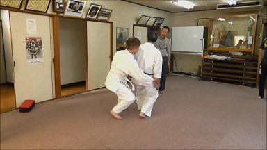 東京稽古45 2013年11月 手首に重みをかける