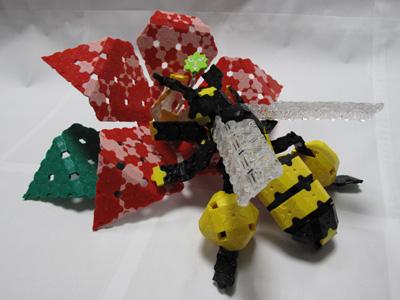 Bee-001bl.jpg