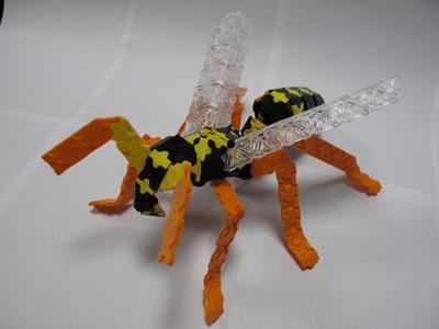 ant-bee-005bl.jpg