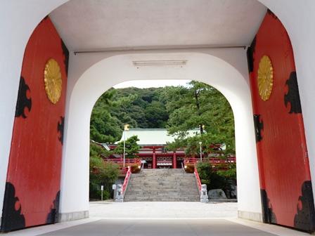 水天門から拝殿