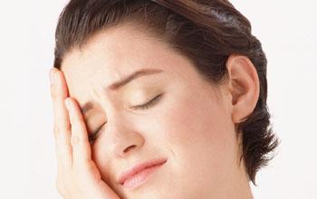 顔の筋肉は間違って動かすとシワが増える