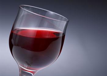 ポリフェノールたっぷりの赤ワイン