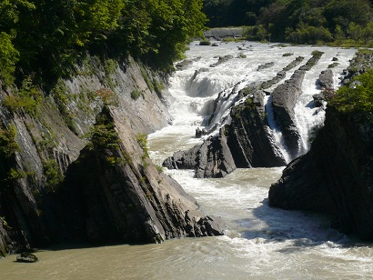 竜仙峡の流れ