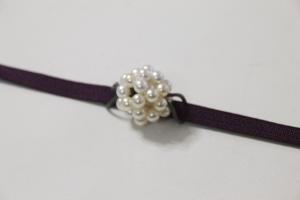 真珠でアジサイの帯留め